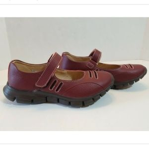 bernie mev Women's RED Mary Jane Shoes Size 37